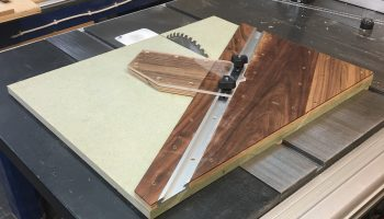 woodwork jig to cut hexagons